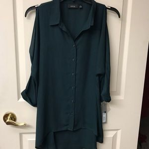 Apt. 9 button down cold shoulder blouse NWT